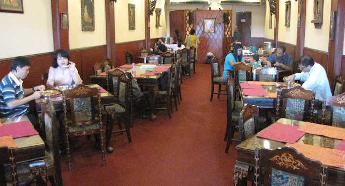 photo of the interior of the Annalakshmi restaurant