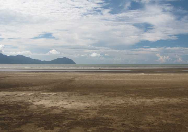 photo of Beach in front of the visitor's center at Bako National Park