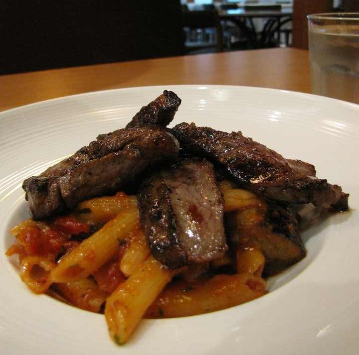 photo of beef tip penne